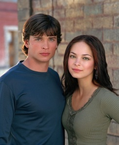 Clark Kent (Tom Welling) and Lana Lang (Kristen Kreuk)