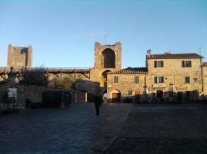Inside Monteriggioni