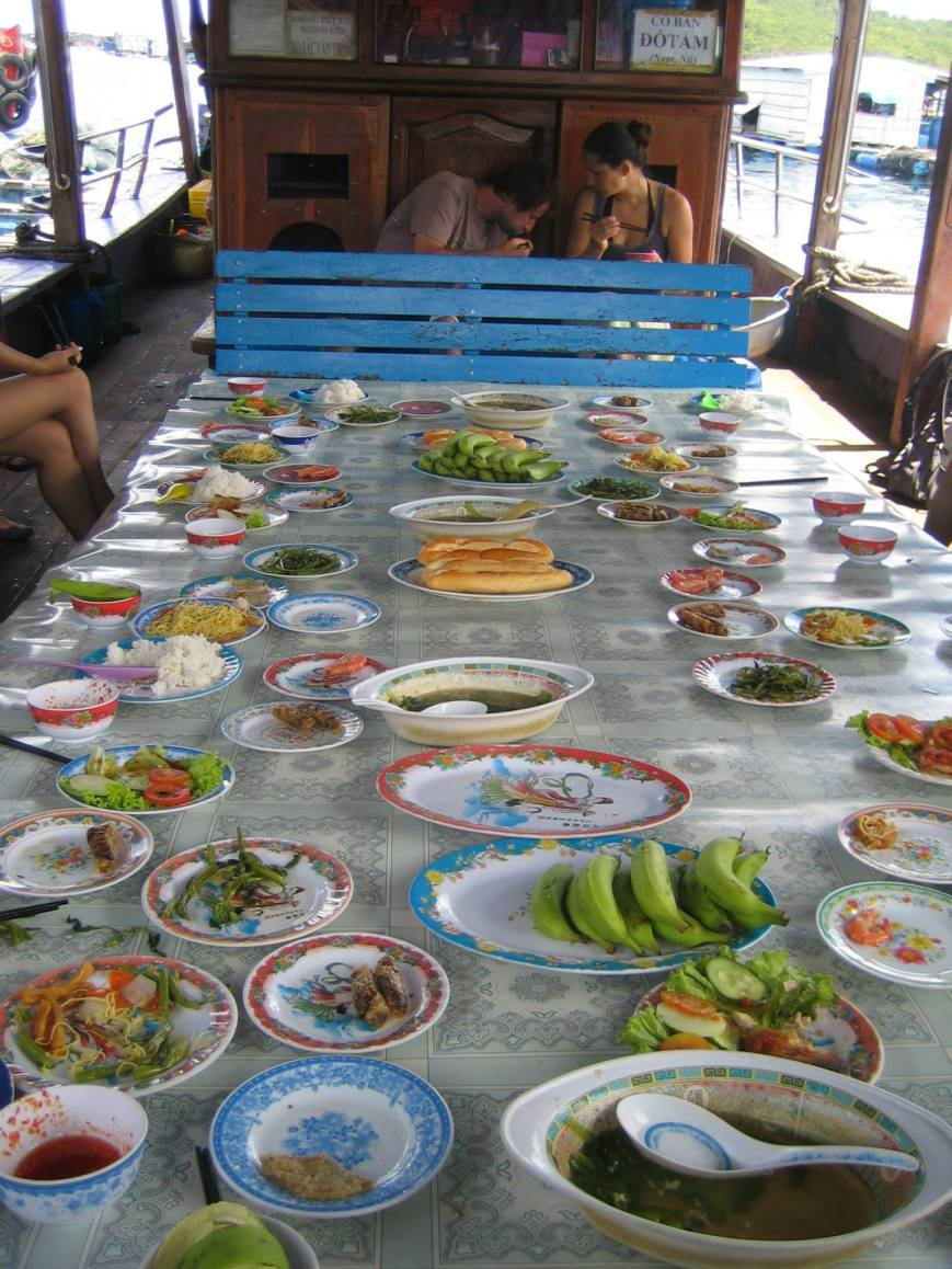 Lunch on a boat (while docked on the side of that floating fish monger.